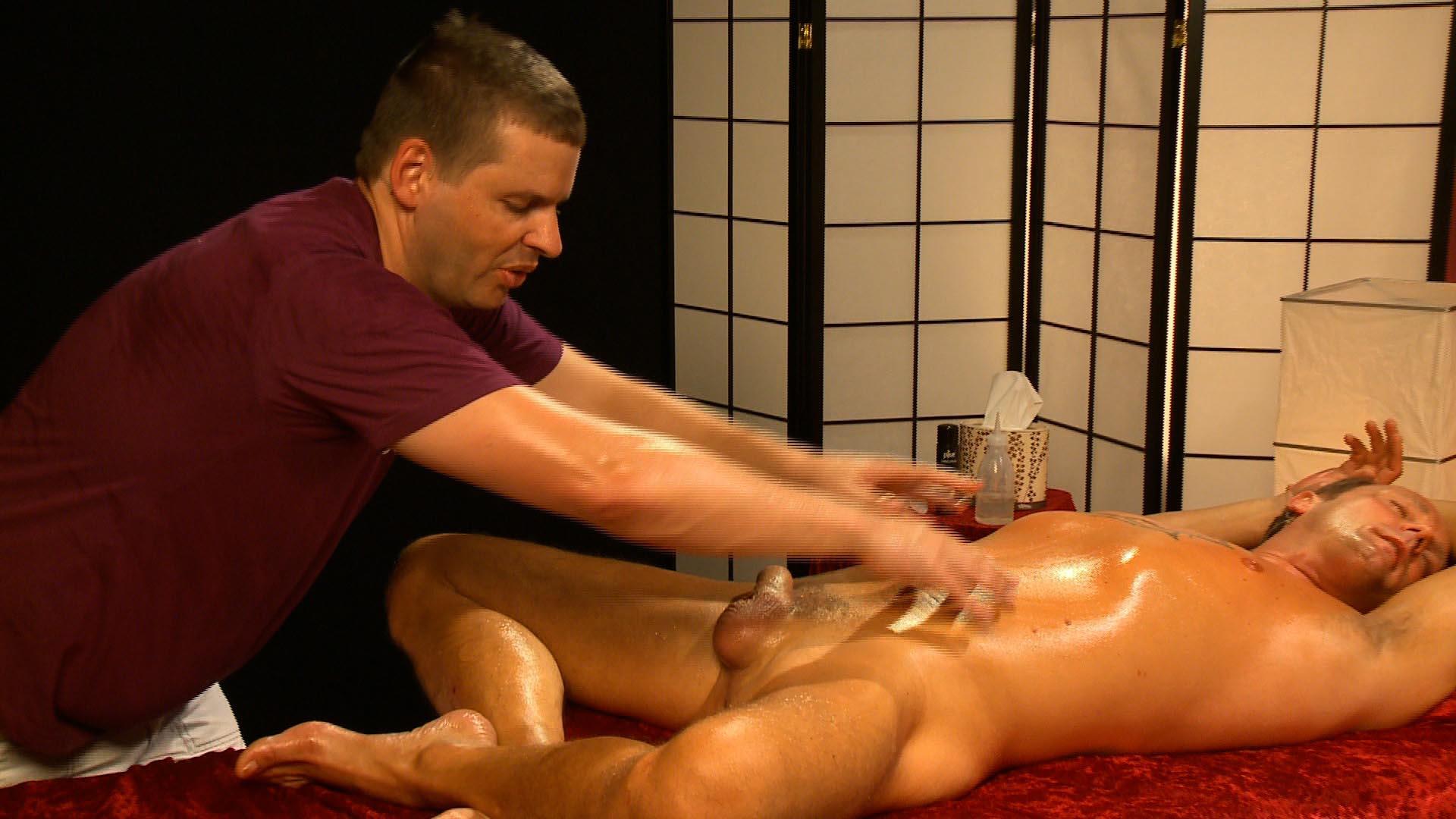 Dynamische Männermassagen